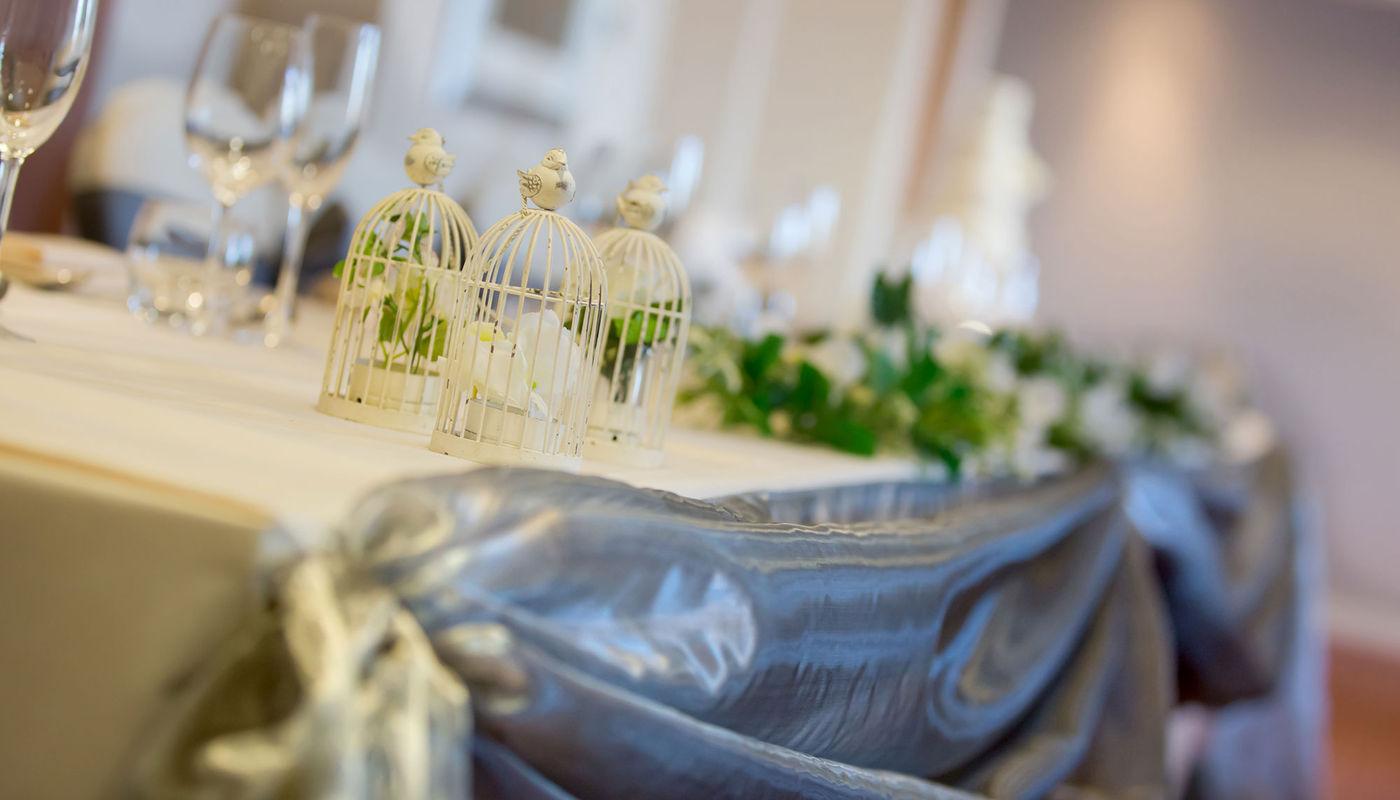 Mehndi Menu Ellesmere Port : Christening party venue holiday inn ellesmere port